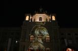 Das Kunsthistorische Museum mit Projektion
